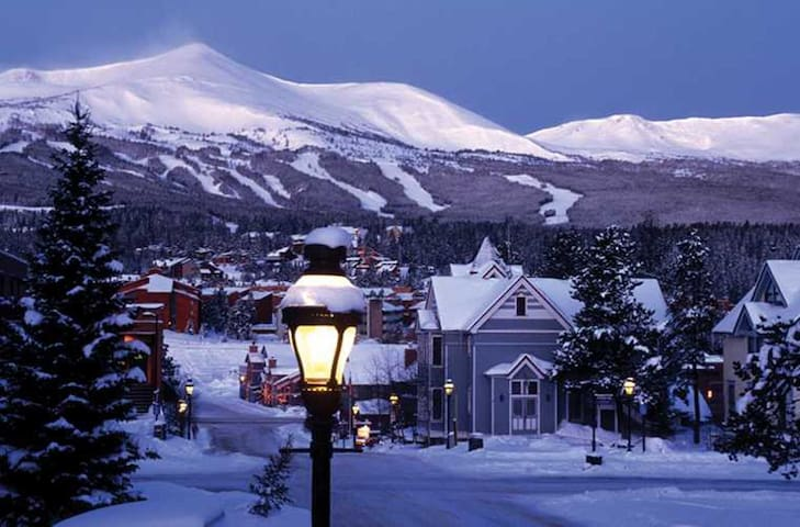 Enjoy your 2018 epic ski vacation in historic Breckenridge Colorado....ski-in and ski-out