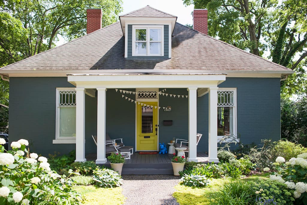 Built in 1907 in the historic 12th south Belmont area of Nashville.
