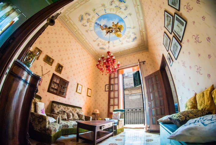 Fancy apartment on Etna with ceiling frescoes