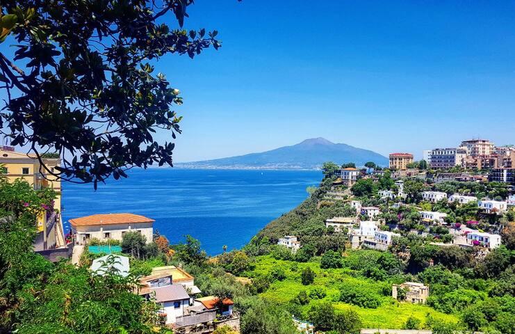 """La Casetta """"2 minutes far from the sea"""""""