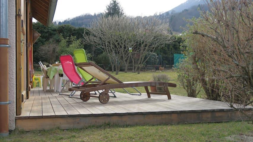 Chambre+pdj Grésivaudan - Chapareillan - Bed & Breakfast