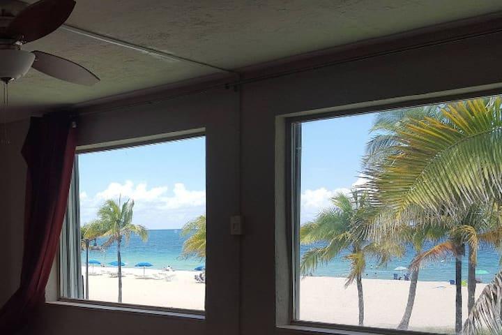 Oceanfront Condo on Fort Lauderdale Beach 1000sqft - Fort Lauderdale - Condominio