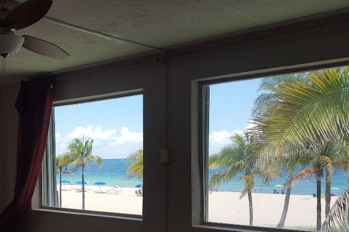 Oceanfront Condo on Fort Lauderdale Beach 1000sqft - Fort Lauderdale - Condomínio