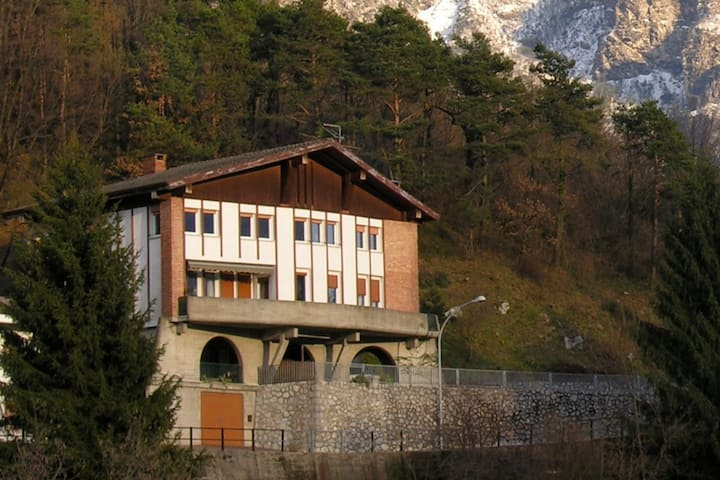 I Roncs: view on the alps, perfect for excursions!
