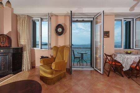 Mouragia Boutique Apartments 3