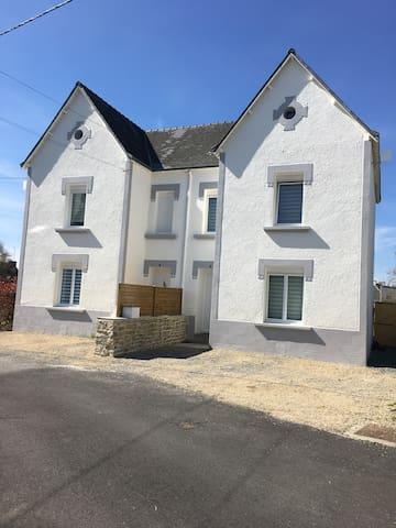 maison bretonne disponible le20/21aout sur demande - Riec-sur-Bélon - House
