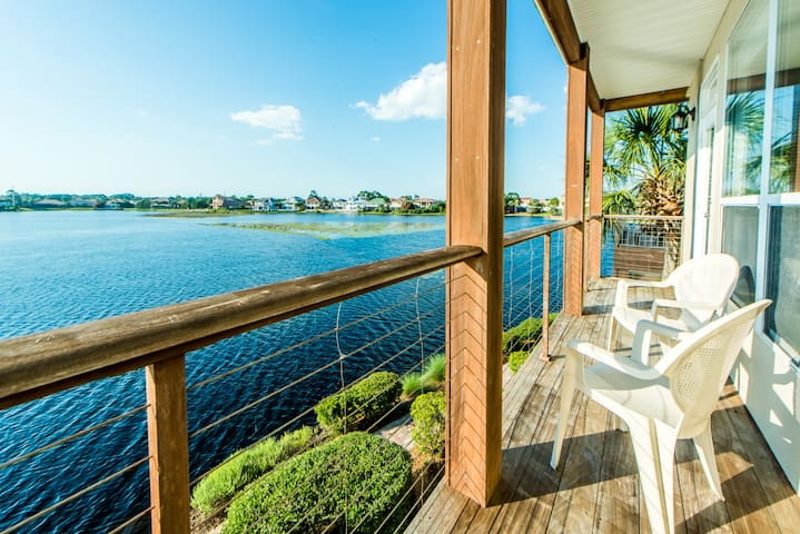 Walk 2 Beach - Lakefront ☀Gulf Views!☀ Destiny Beach Villas 15-1BR+Bunks