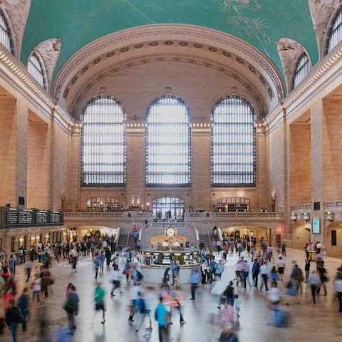 Grand Central 9.7 miles away from apartment