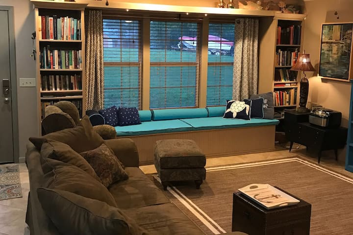 Living Area with Sofa Pull Out Bed.