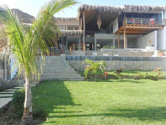 CASA PUNTA ARENA - Piura - Dům