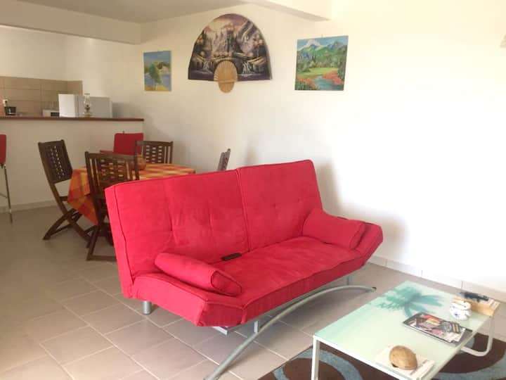 House with one bedroom in Sainte Marie, with wonderful sea view, furnished balcony and WiFi
