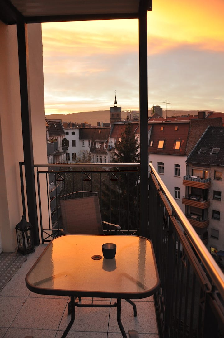 Beautiful apartment with balcony in great location