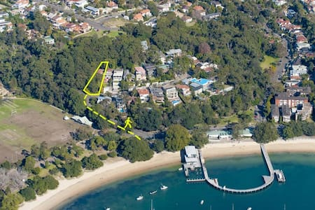 Balmoral apartment amongst trees - Mosman