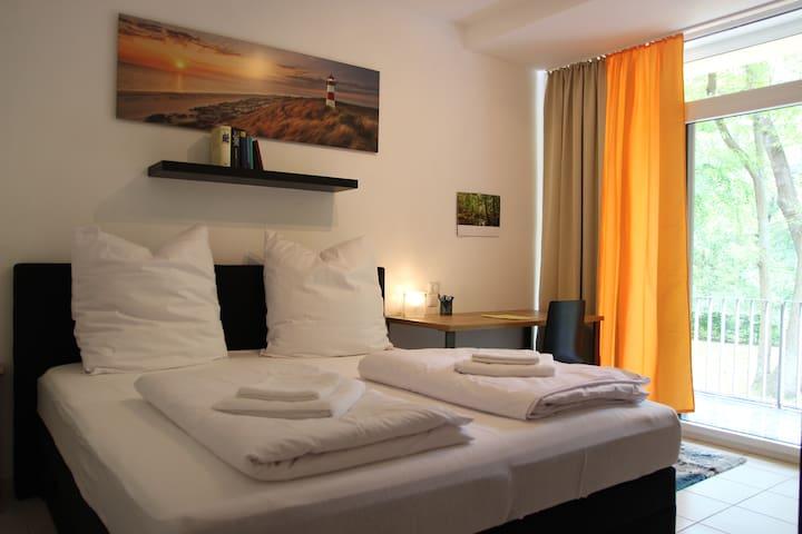 Gepflegte Ferienwohnung mit Pool&Sauna, Strandnah