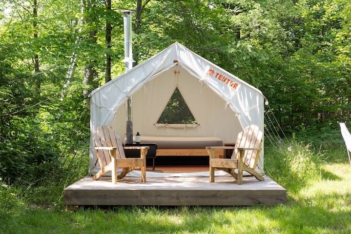 Glamping at the Sacred Hollow