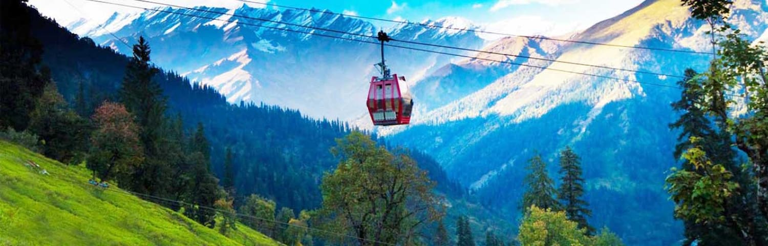 Family Room with Mesmerising View in Old Manali