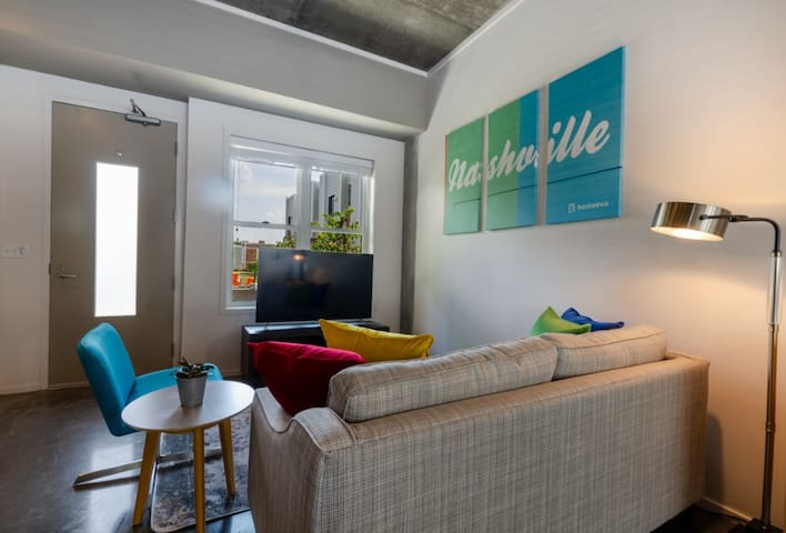 Luxury Hillsboro Village Studio Next to Hot Spots