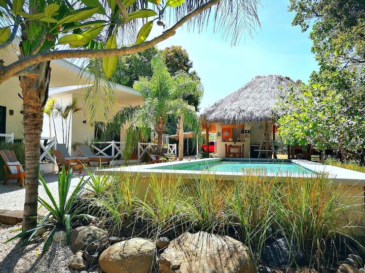 b&b Antema lodge vue sur piscine proche Tamarindo