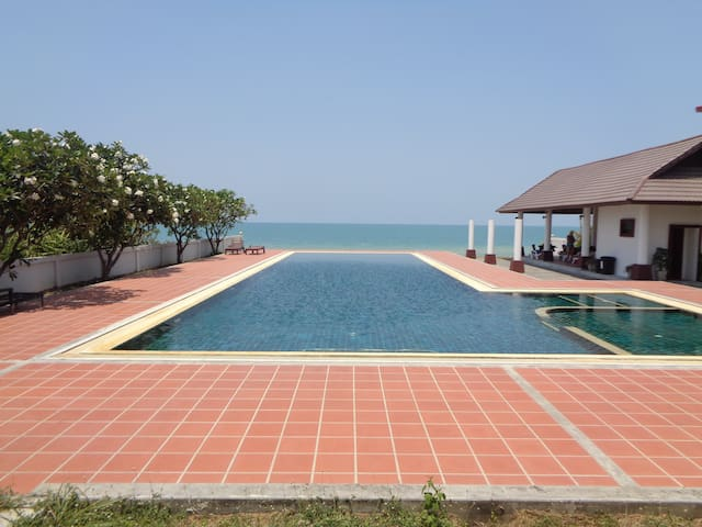 Sea View Apartment 1 Bed 1 Bath. - Khanom  - Byt