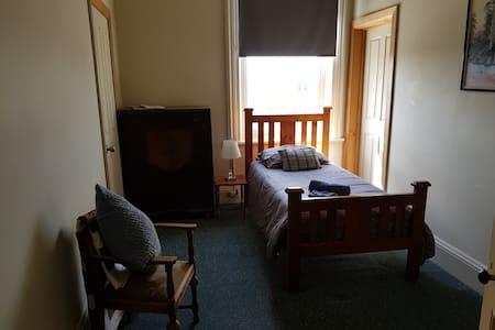 Grand Hotel Millicent - Room 13