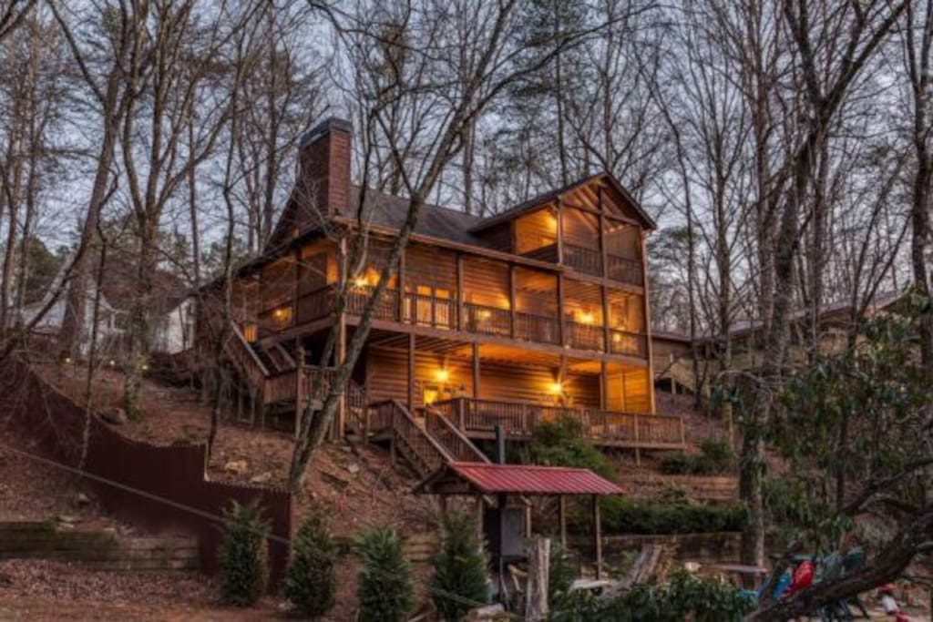 Angler s roost on the river cabins for rent in ellijay for Ellijay cabins for rent by owner