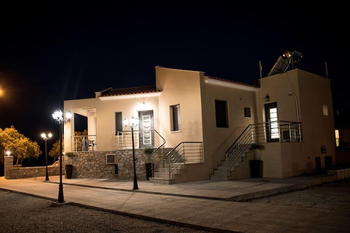 Mais Studios Vatera-Lesvou