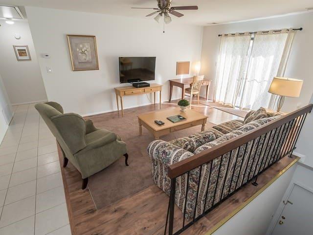 Spacious 1 Bedroom apartment - 608