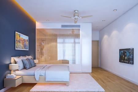 A Spacious Modern Room Close to Danang Beach - Phước Mỹ - House