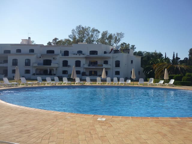 Apartment on Penina Golf Course, Alvor, Algarve - Portimão - Daire