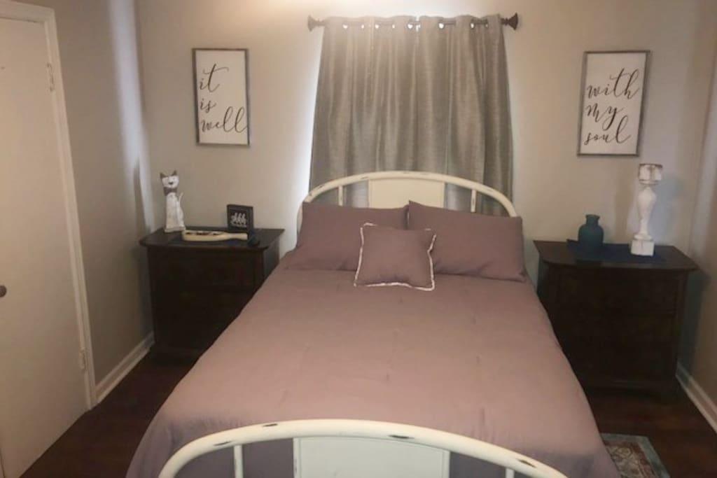 New Fullsize mattress and linens.