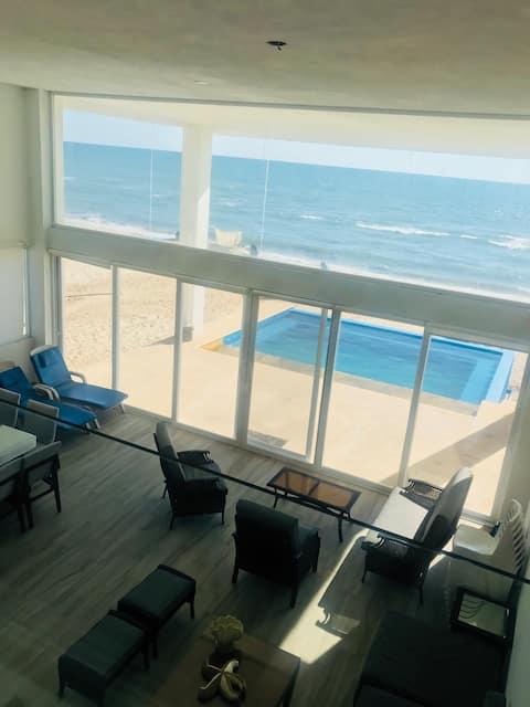 CAMAHUIROA Casa Moderna  ALBERCA  playa 16  prs
