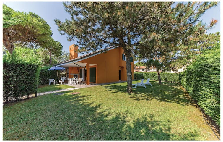 Semi-Detached with 3 bedrooms on 90 m² in Albarella RO