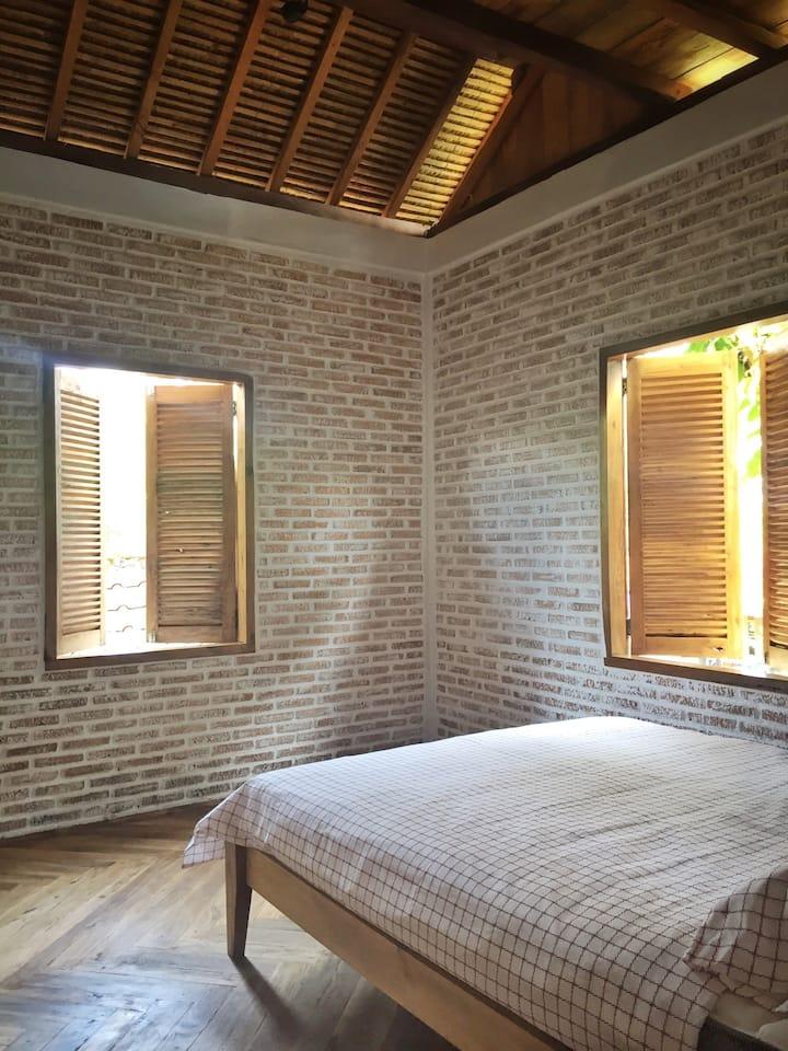 Saung Kuring (Room)