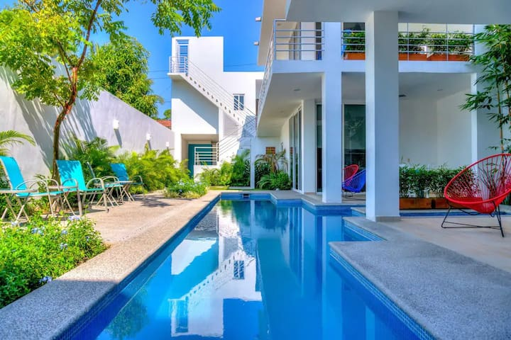 2 Minutes to Beach w/ Pool & Patio in Art District