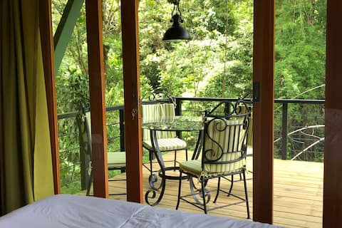 new! quiet studio right by the river