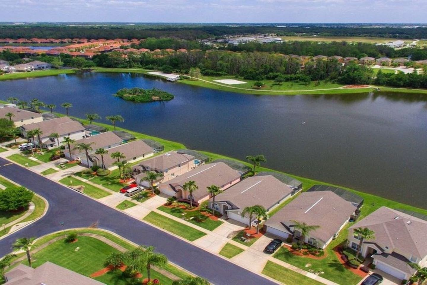 Your villa is on Lake Berkley Resort with 3 lakes