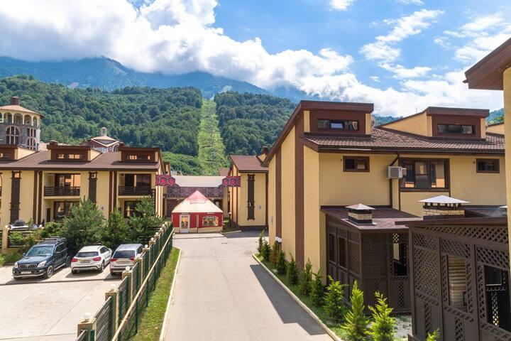 Маунтин Виллас (Mountain Villas)