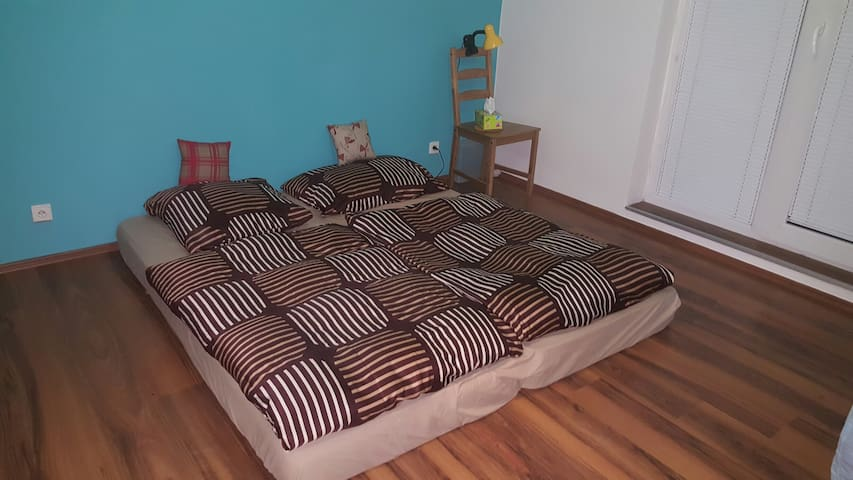 Room 9 min to the center! - Praga - Apartamento