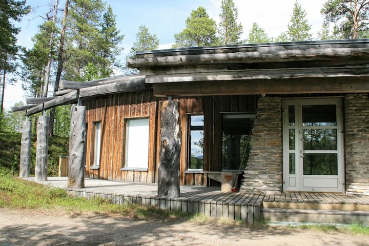 Gielas Artic Design Villa, Lemmenjoki