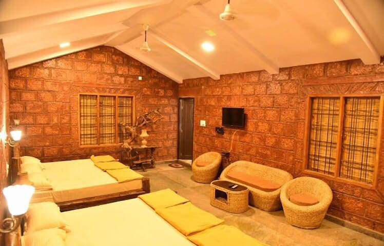 Dandeli Redstone Cottage