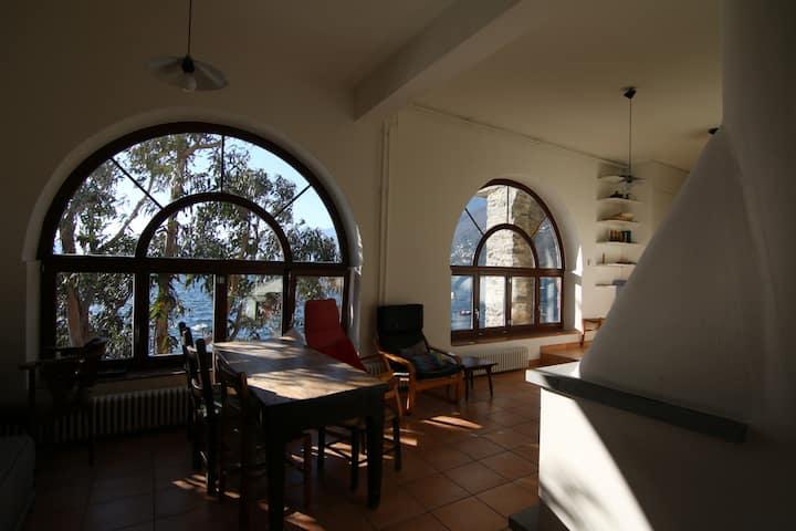 Casa Zanolli, direkt am See, UG, 2-4 Gäste