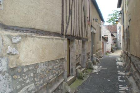 La Conviviale (15 mn de Belleville -30mn Dampierre