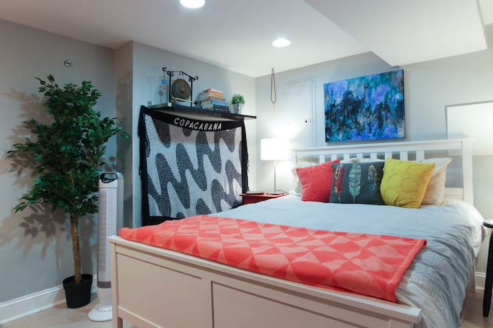 Cozy studio with private parking! - Washington - Rumah