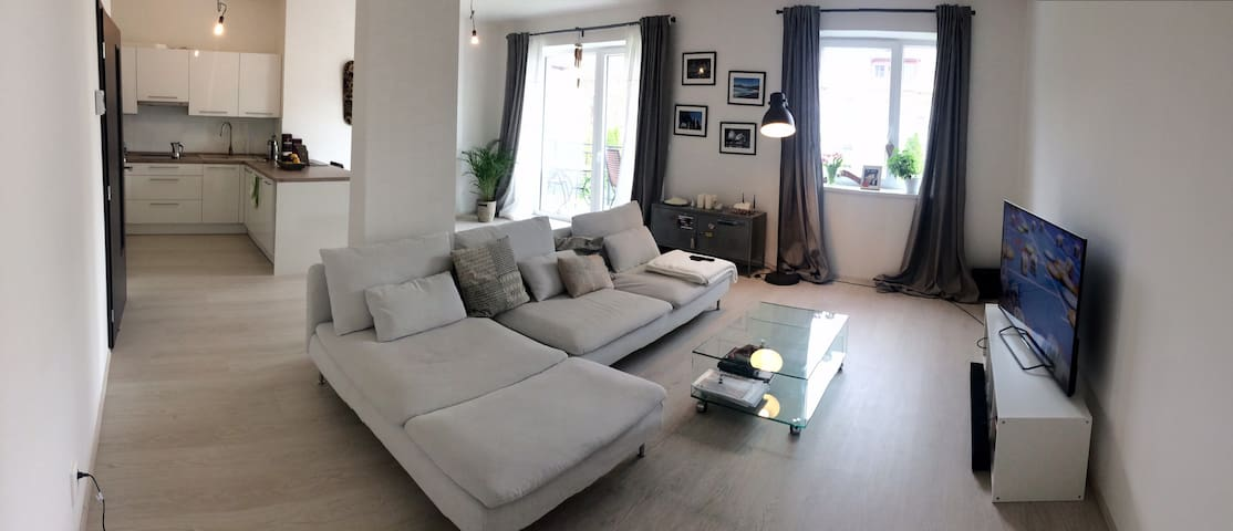 Sunny Apartment near to the town center