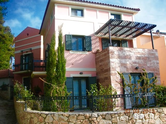 Villa St.Agata Nr 2 appt at Lixouri - Lixouri - Lägenhet