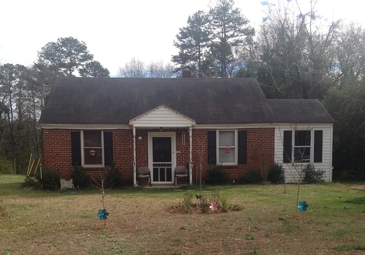 ROOM FOR RENT IN GREENVILLE