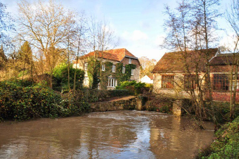 Maison, canal