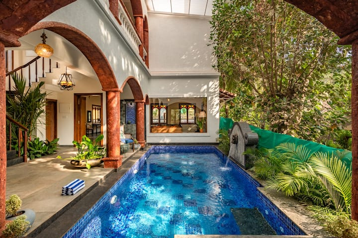 Private luxury 7BHK villa with swimming pool