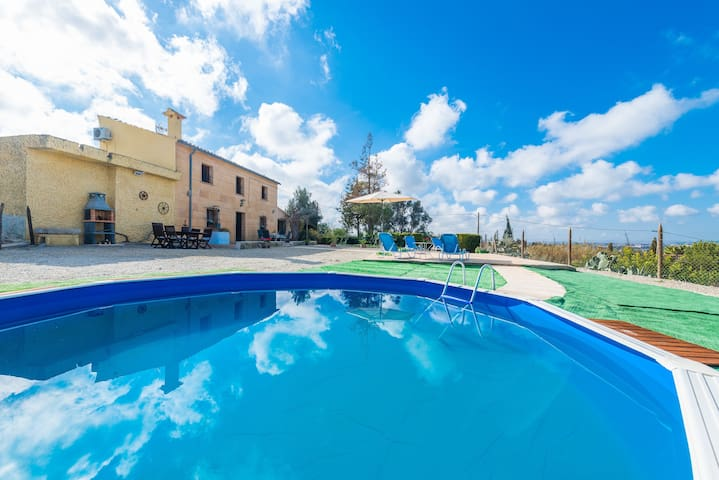 SON GUAL - Apartment with private pool in Inca.