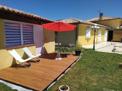 Beau studio  au calme avec piscine proche Toulouse